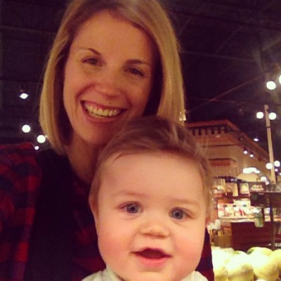 mom and baby at whole foods kildeer illinois