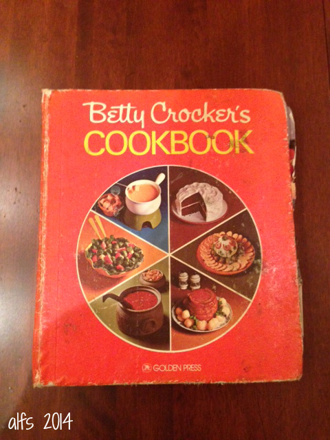 Vintage Betty Crocker Cookbook Set of 5 Cooking with Betty Crocker with Sleeve