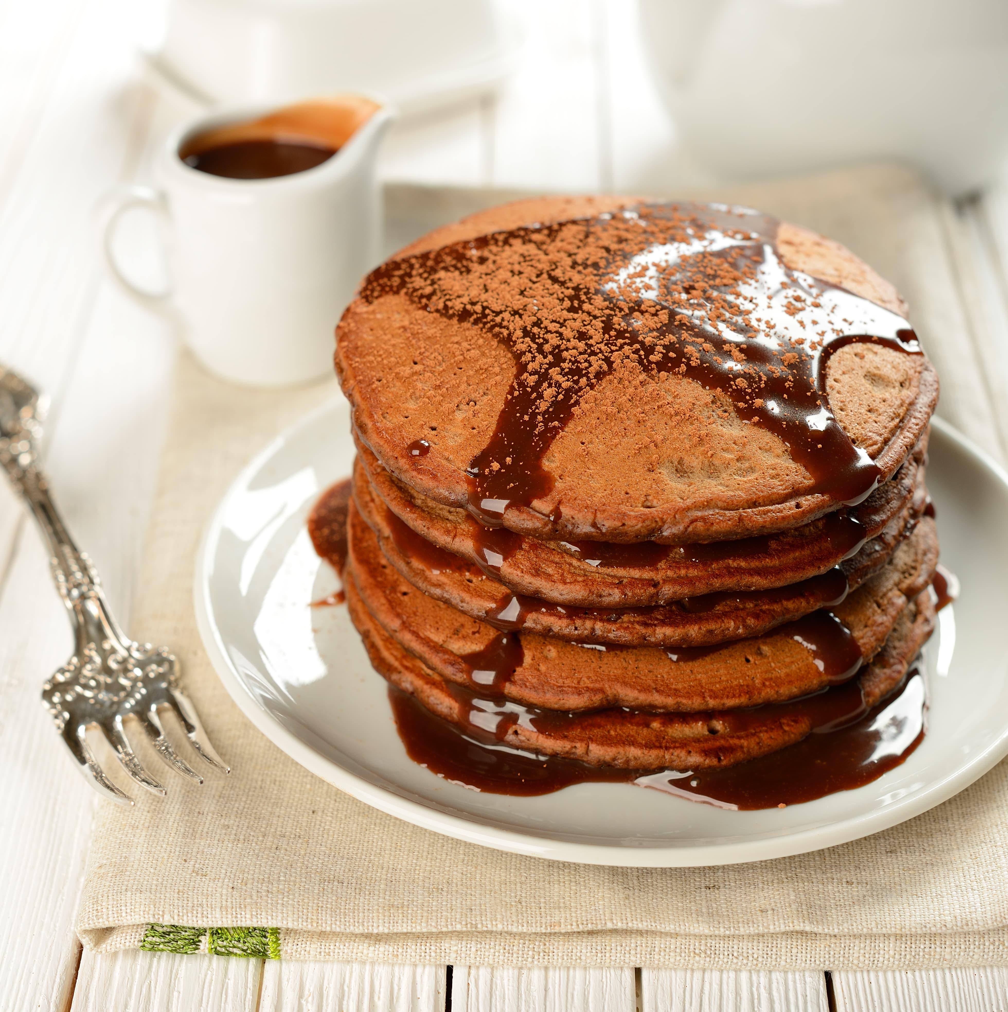 gingerbread-pancakes-min